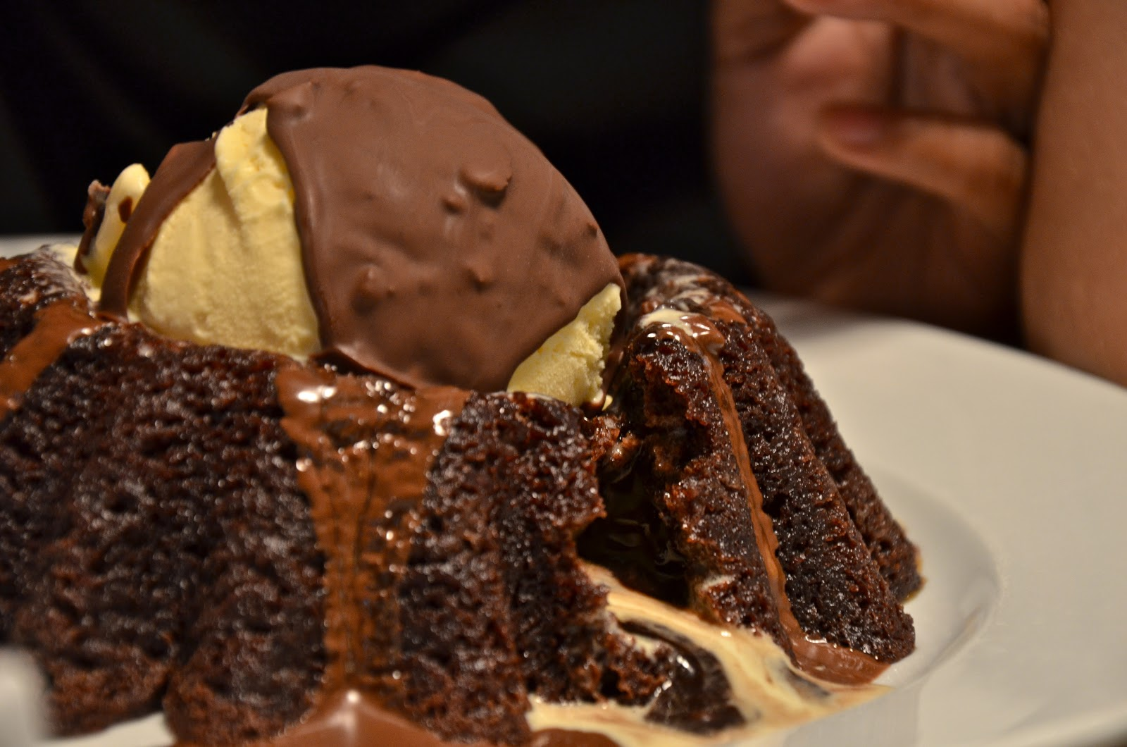 Chilis Molten Chocolate