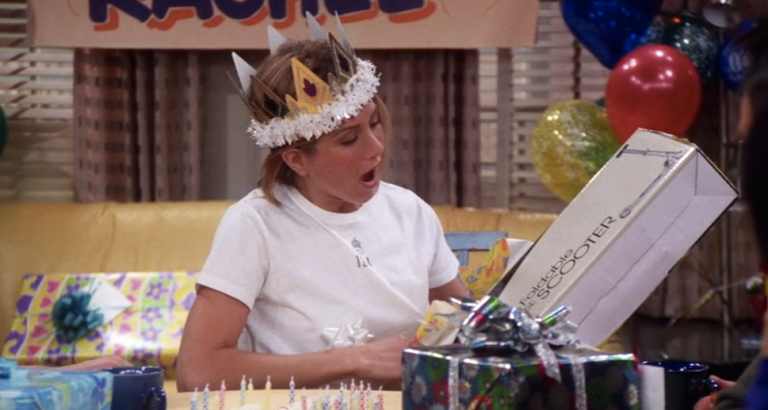 The Fool-Proof Christmas Gift Guide for the Rachel Green in Your Life